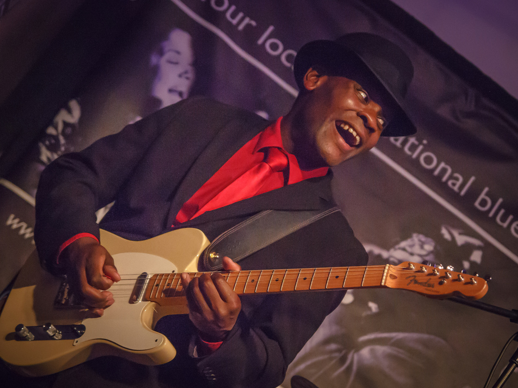 Tom Attah, Bronte Blues Club