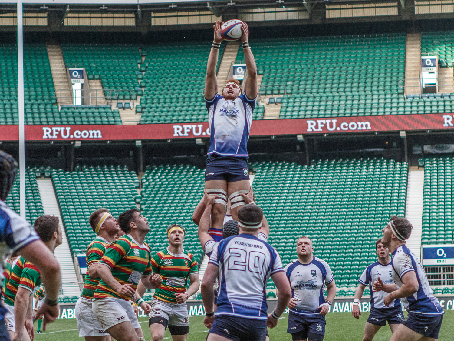 Late Lineout Won