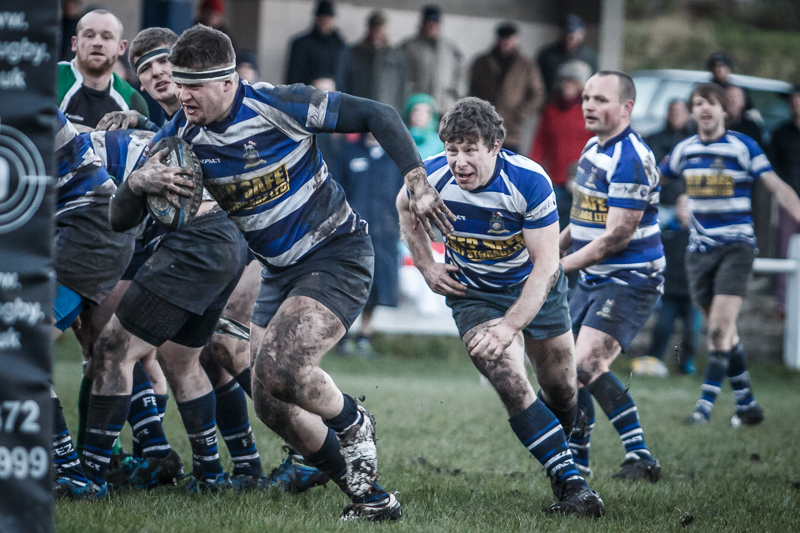 Halifax v Hornsea - Burst for the Line