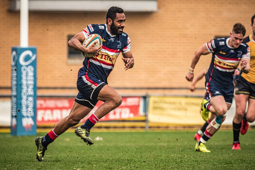 Andy Bulumakau sets off on his epic try scoring run