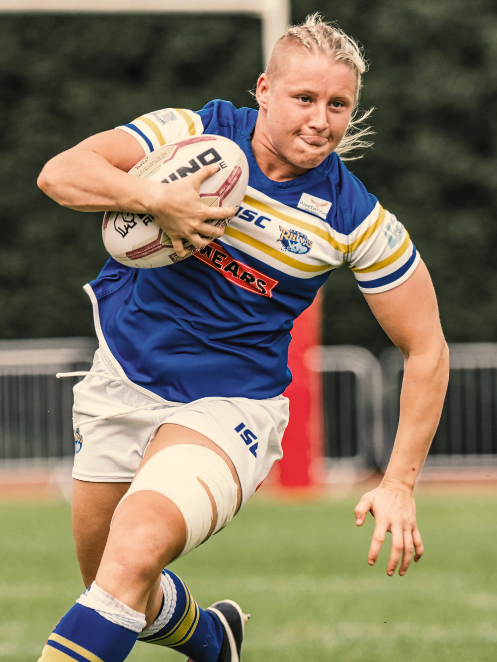Charlotte Booth, a try scoring run