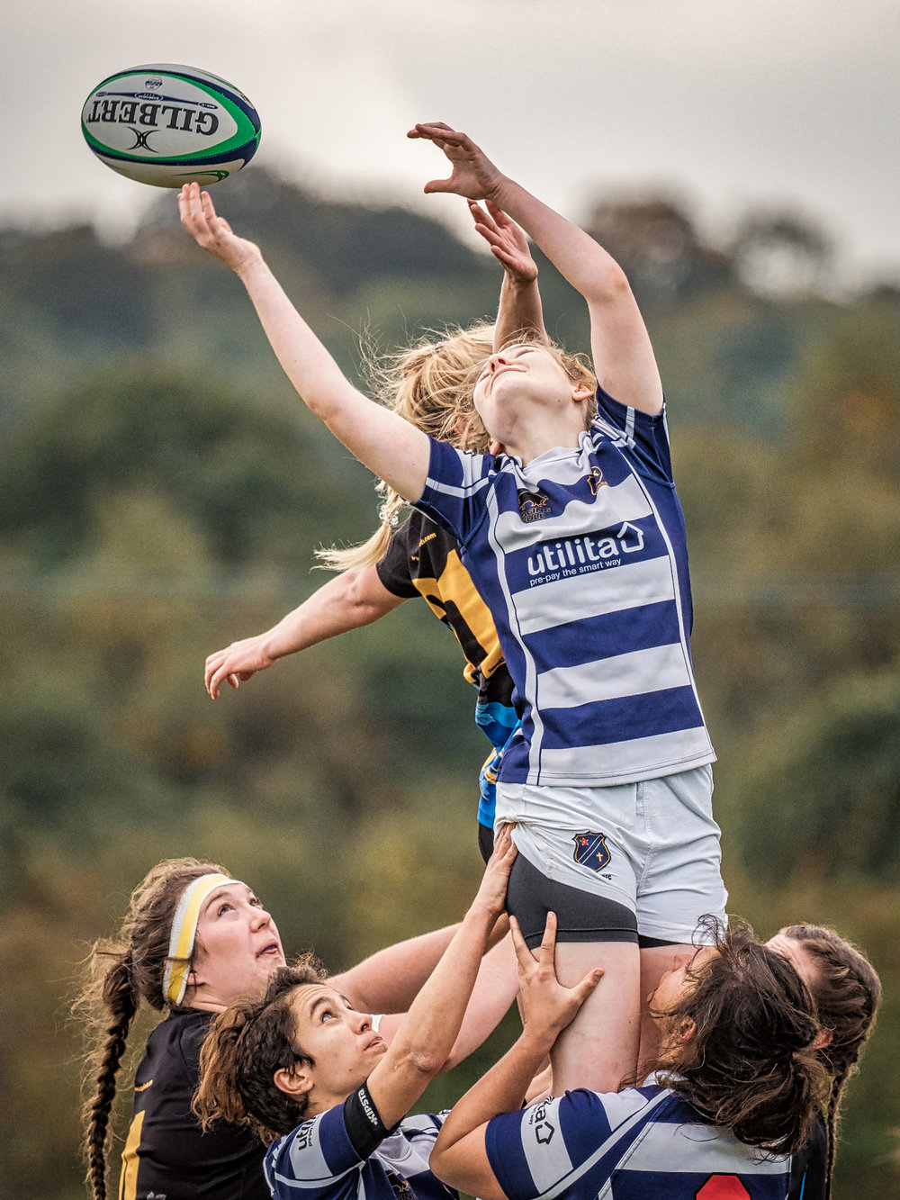 Favourite lineout shot of the weekend. Just a shame the ball was upside down!