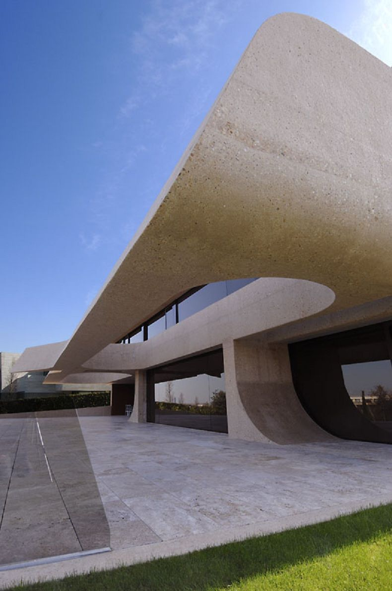 House in Madrid By A-cero Architects-19.jpg