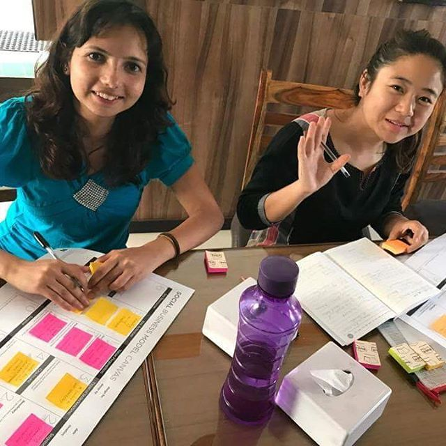 Everyone is working on the SBMC even during lunch time. #letsinnovate #makeadifference  #day6 #innoco #nyc #UAE_NEPAL_CONNECT #Himalayan_Climate_Initiative #nepal_innovation_center #zayed_university #LC #innovation #UNC2017 #social_innovation #bootcamp #codesign #connect #collaborate #contribute