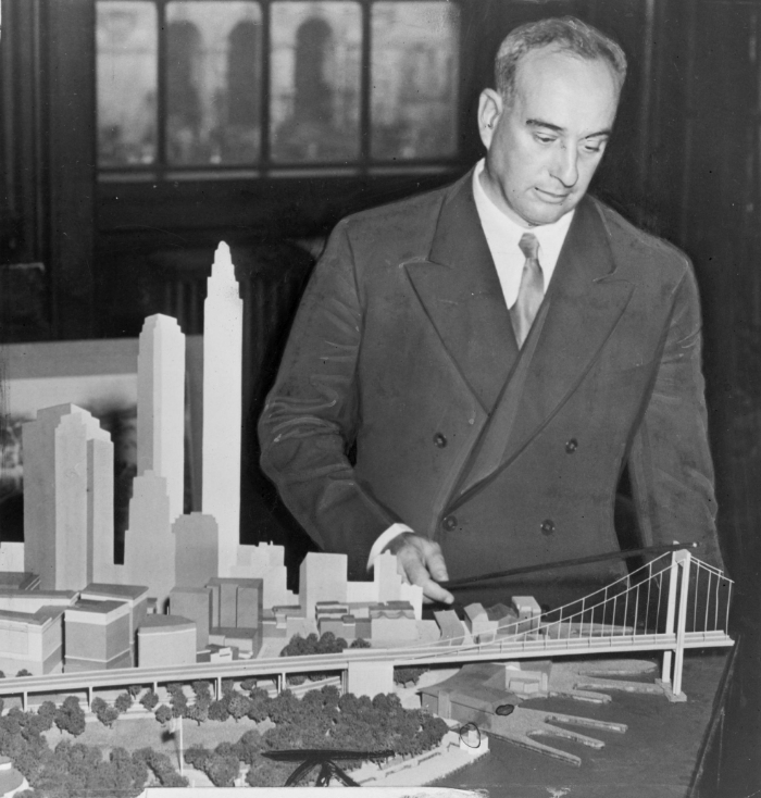 Robert_Moses_with_Battery_Bridge_model.jpg