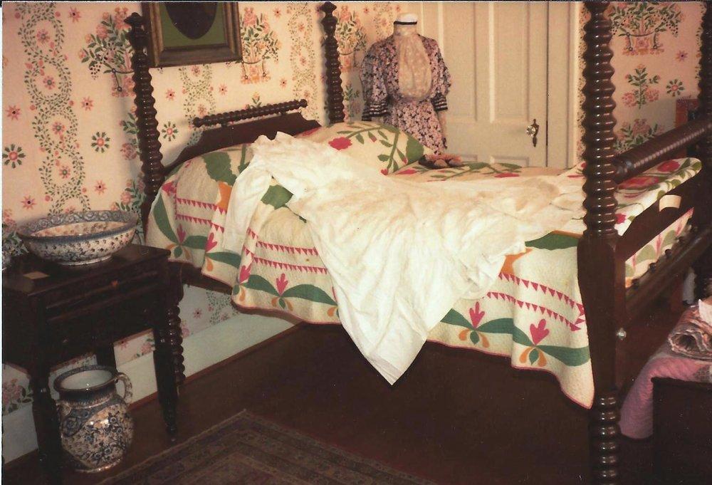 Ladies Bedroom.jpg