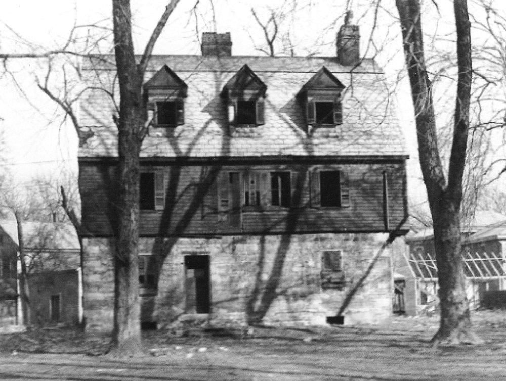 Mathews House 1930s 001.jpg