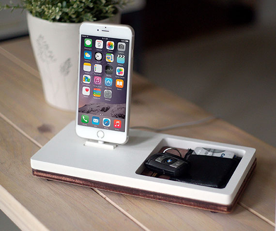 NytStnd TRAY 1   Charges iPhone 5 & Up including XS, XS Max & XR with a tray area for wallet, keys, etc! White and Midnight versions are within the listing.