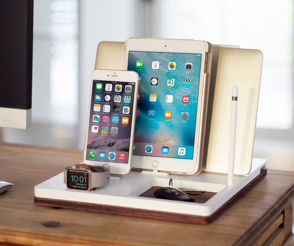 DskStnd TRIO 1   Charges an iPhone 5 & Up including 8, X, XS, XS Max & XR, Apple Watch, Mac/PC Holder & an iPad with an Apple Pencil holder and tray area for keys, wallet, etc! White and Midnight versions are within the listing.