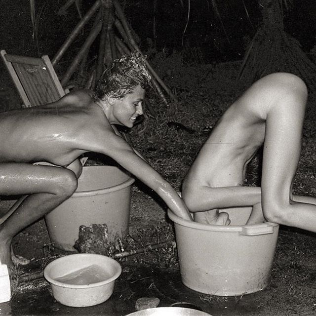 Help out a friend today.  #laurenhutton and #susanforristal hair washing technique in Tahiti  Via @julystars  #IndustriaInspiration