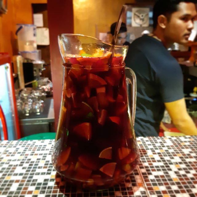 Its Sangria day, special for today get a jug of red or white sangria for only 210K all night long. • Doors open 5pm -12am • Look out for the blue octopus on the door Lets have a great saturday night • #laramonaubud #laramonster #getdrunkonourfood #ubud #bali #restaurant #bar #speakeasy #dinner #dining #foodie #food #foodgasm #drinks #cocktail #ubudescape #holeinthewall #ubudsecret #ubudhood #BaliLocal #thebaliguideline #thebalibible #balilife #placetogo #thebaliadvisor #ubudnowandthen #beautifulcuisines #music #sangria