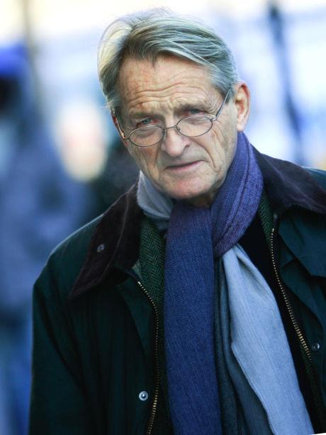 – VIKTIG: Ketil Lund, tidligere høyesterettsdommer, ser fram til dommen fra Høyesterett. – Den sier noe om Høyesteretts evne og vilje til å endre jusen i overensstemmelse med virkeligheten, sier han. Foto: OLAV OLSEN