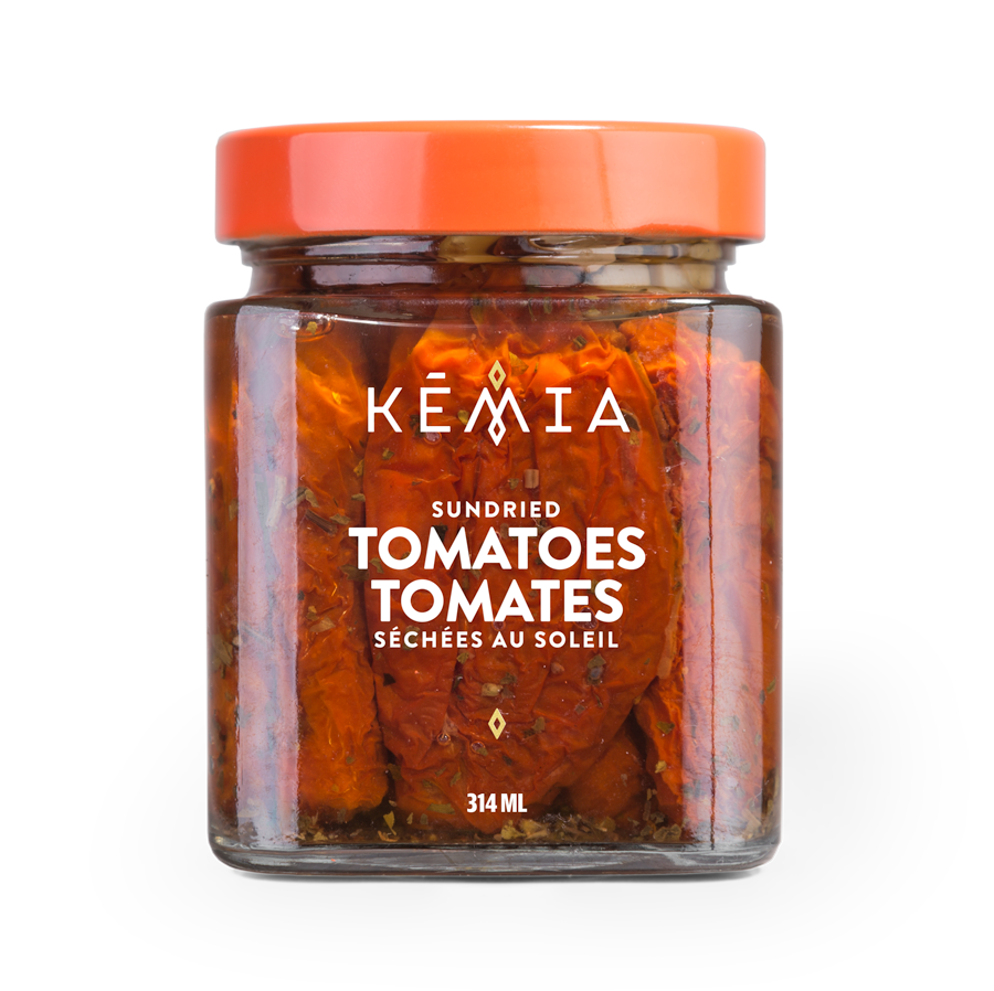 Our sundried tomatoes recipe is among the oldest in the Middle East. Dried naturally under the Tunisian Sun by local artisans, these Mediterranean jewels bring complex flavours to any dish.