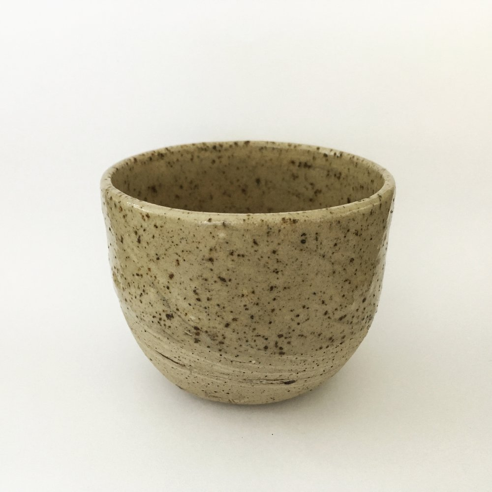 CUP   Small Vimoutiers, FR cup, with clay that is completely mixed. Transparant glaze.  Ø 5cm - €15