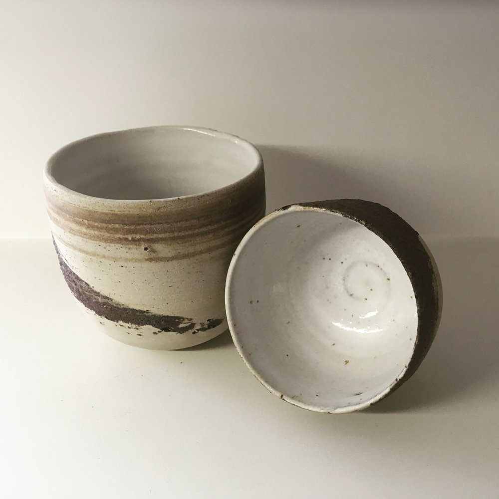 CUPS    Tea cups with Vimoutiers, FR clay. (Sold)  Ø 7cm - Sold   Still available as espresso cups  Ø 5cm - €15
