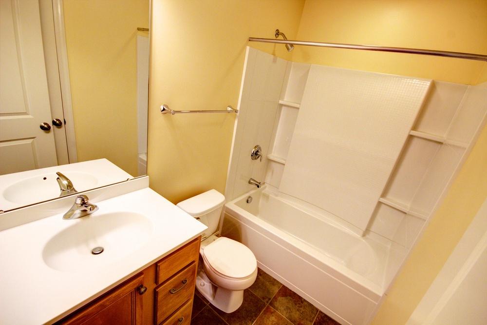 16 Hall Bath.jpg
