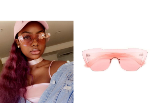 Justine wearing our Retro sport frames in Pink via her snapchat