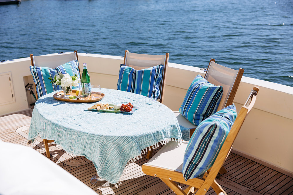 Cook dinner aboard and eat on the aft deck as you enjoy the beautiful sunset