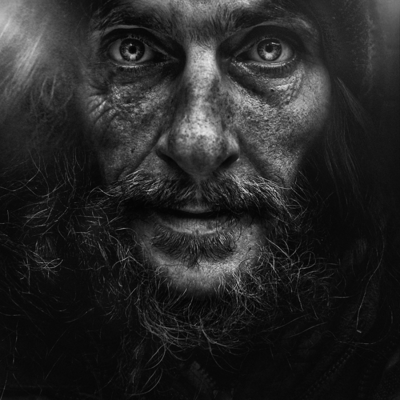 Lacrimosa    by      Lee Jeffries ( source )