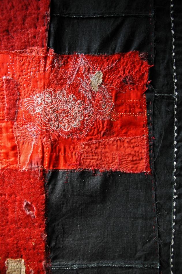 Quilt by Junko Oki ( source )