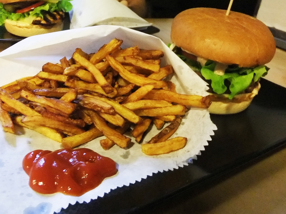 Street Burgers 1.jpg