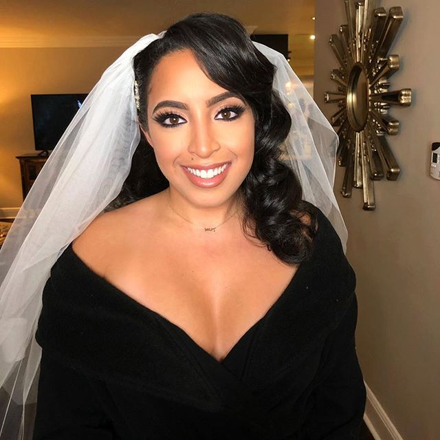 It was such a blessing to close my year out with @nataliesoas. She is as sweet as they come. Thank you for having me a part of your special day! 🥰 . . Hair : @ericka.smart (THEEE BEST!) #makeupbyfifibridal #softbridalmakeup