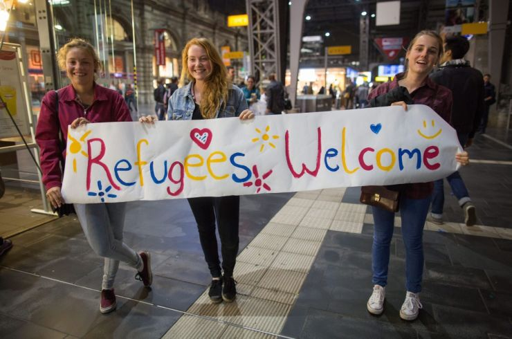 refugee-germany-welcome-740x490.jpg