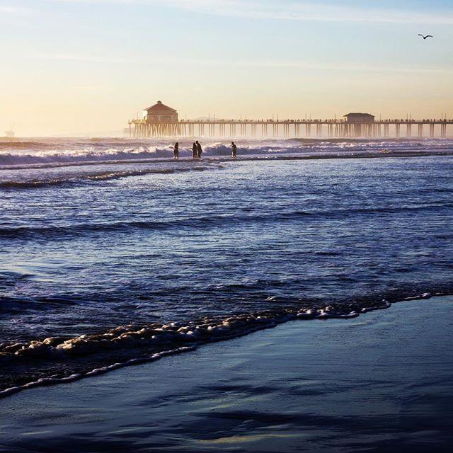 Life is a beach when you live in Southern California.  #huntingtonbeach #beach #beachlife #goldenhour #waves #ocean #pacificocean #socal #peaceful #water #photography #pier #huntingtonbeachpier #beachpicoftheday #lovethebeach #photographer