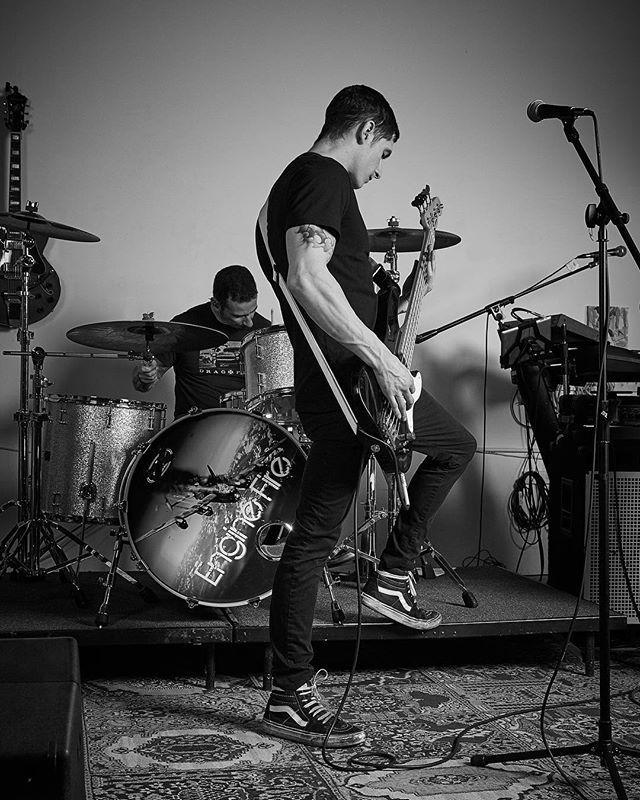 I love photography!! Every opportunity I get to shoot doesn't feel like work. Thank you @engine_fire_band !! #punk #punkrockmusic #punkrock #bassguitarist #drummer #music #musicphotography #bandphotography #photography #photographer #rollingstonemagazine #localband #renoband