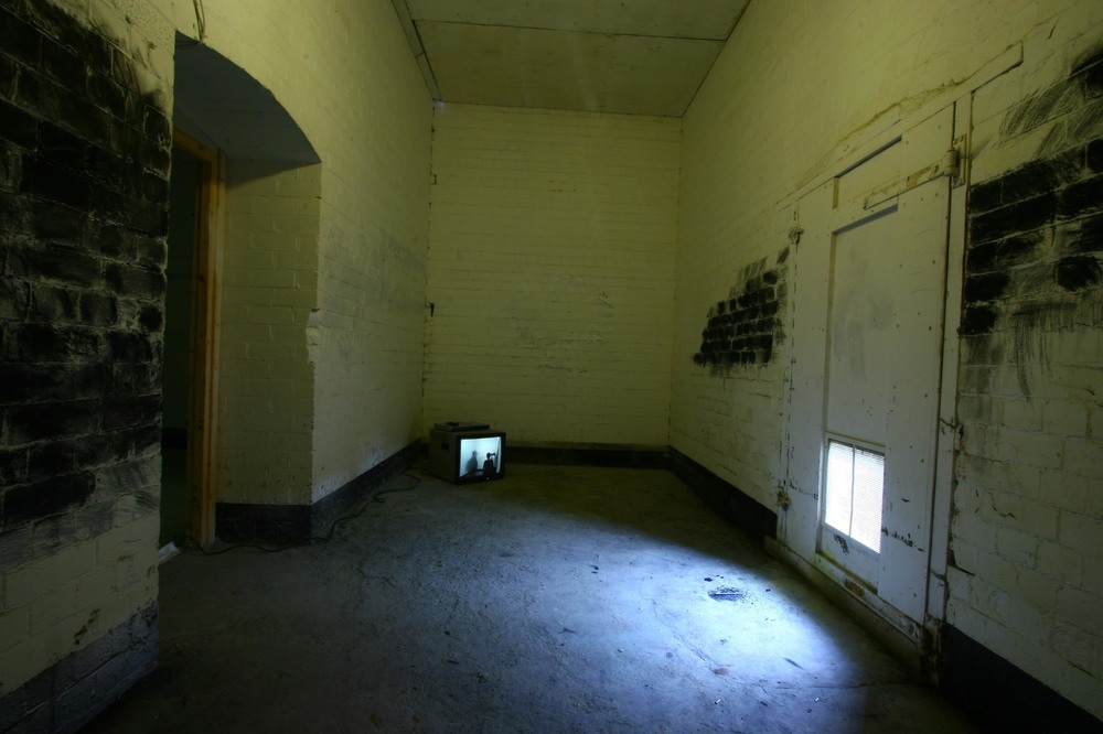 'Blacking' Video installation. Separations exhibition. Leeds. 2008.Copyright David Lindsay..jpg