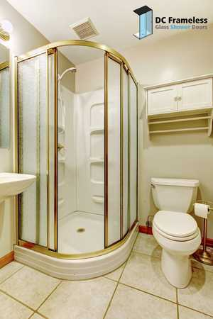 round-glass-shower-doors