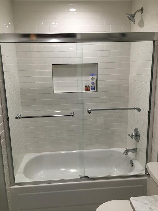 Ann guest bath.JPG