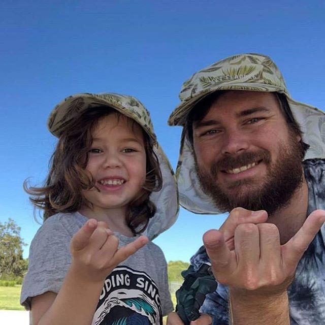 Family goals! Shukkas 🤙🏾 📷 @tribecalledhiggins  #getflapped #family #sunsmart #sunsafe