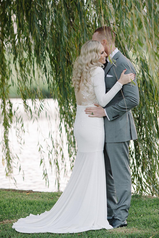 Aelkemi-wedding-dress-Emma2.jpg