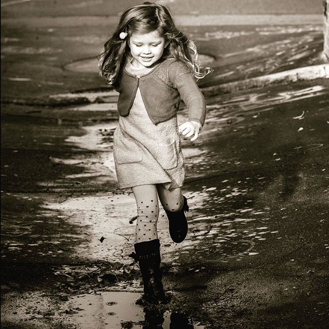 I wonder at what point in our lives do we walk past a puddle without even having so much as a thought about jumping in it? Hold onto the puddle jumping as long as you can little Aria. It's one of the reasons I love photographing children - capturing the simple joy of childhood.  #perthfamilyphotographer #childhoodnostalgia #perthphotographer