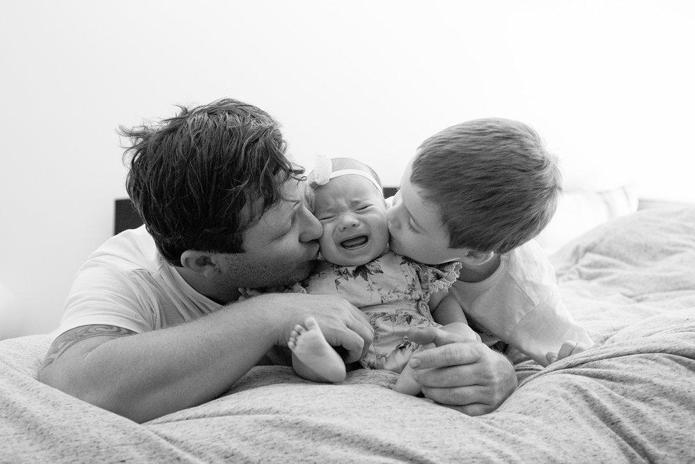 family-photographer-family-love-perth.jpg