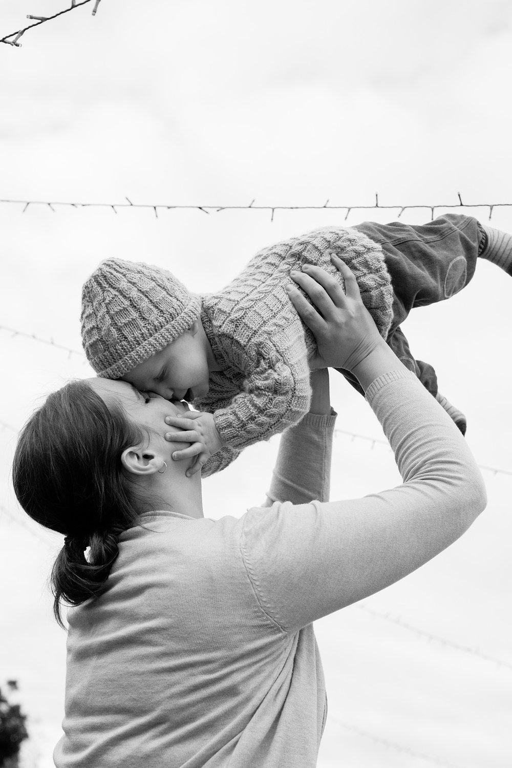 family-photographer-fun-with-mum.jpg