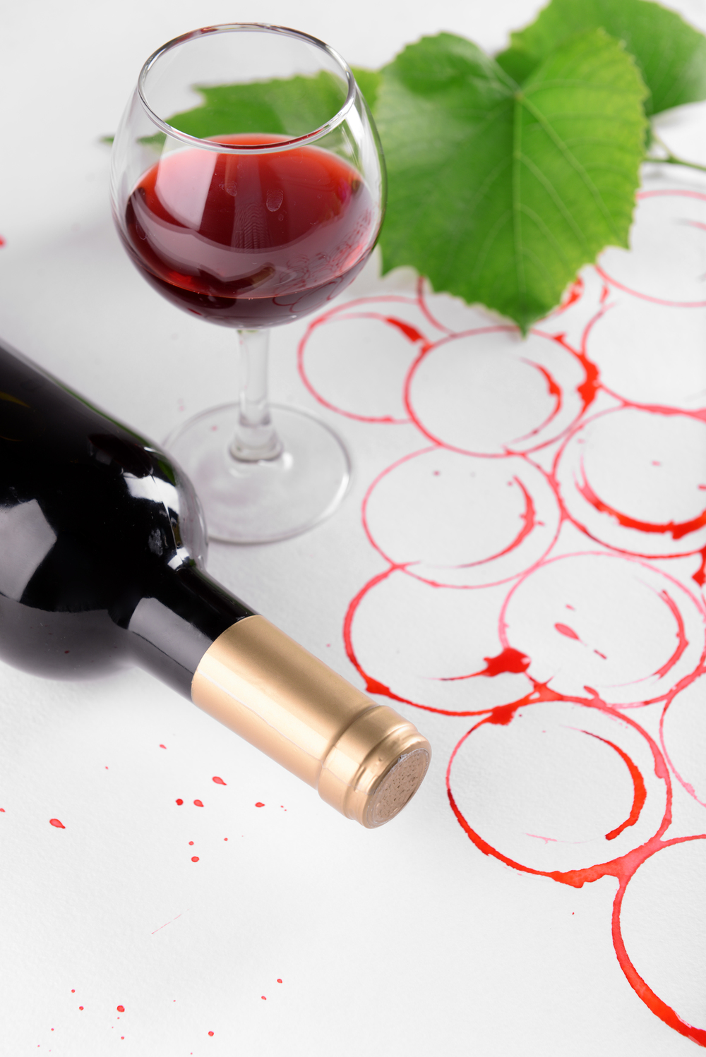 bigstock-Grapes-made-with-wine-cork-and-101571191.jpg