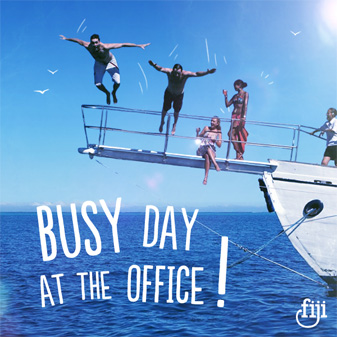 _0050_Busy-day-at-the-office-Post.jpg