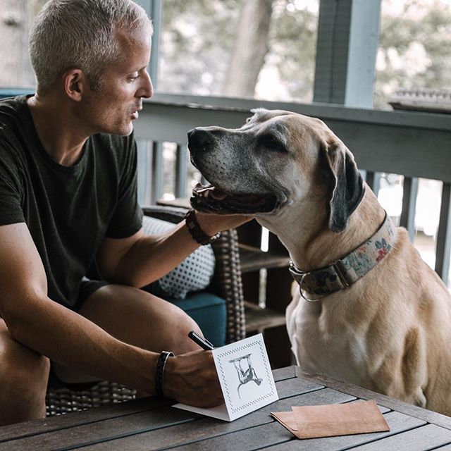 Dogs are a sign of love and friendship and around here they are a part of our family. We made our newest card - the dog notecard, so you can send a mail safe version of the dog lick to friends and family everywhere. 📷: @emilyreginaphotography