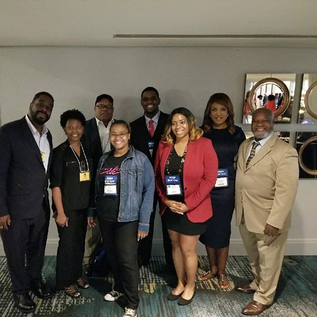 #FBF One week ago I was surround by so many of Cleveland's great news people at #NABJ18. So glad to be part of such a great organization #stillinspired #blackjournalistsmatter ............................................................#blackgirlinCLE #cle #Clevelandbloggers #Clevelander #Clevelandadventures #cleveland #clevelandthatIlove @nabjofficial #blackjournalist #ourstory #blackpress #supportblackbuisnesses #womeninbusiness #CLEblackgirl