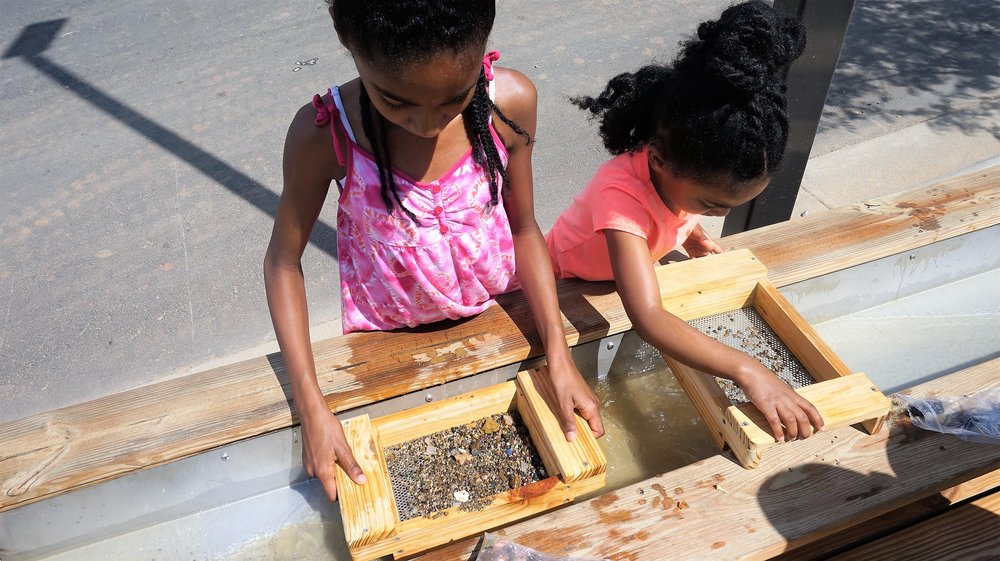 Kids Gem Mining