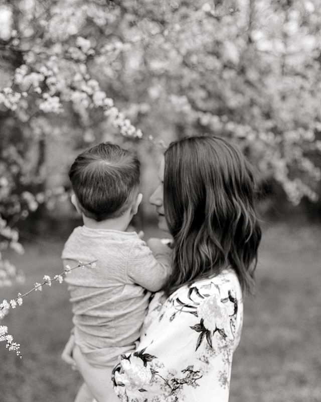Mother's Day is around the corner and I'm thinking of offering a Mother and little one mini session afternoon. Outfits would be curated with my help, location TBD! DM me if you're interested!