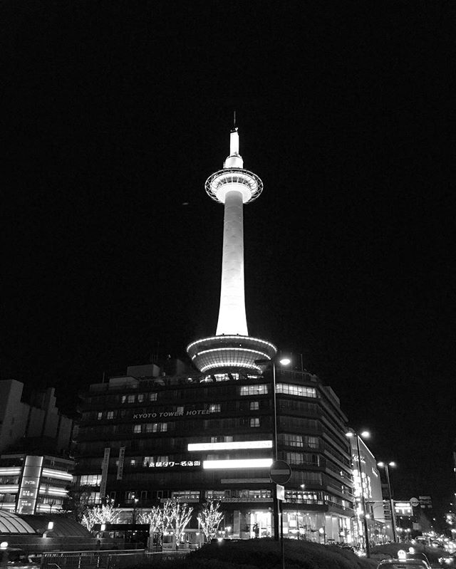 Kyoto Tower #kyoto #japan #japonism #history #sightseeing #stay #airbnb