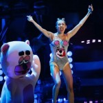 2013-VMAs---Miley-Cyrus-blurb-jpg