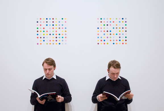 Damien-Hirst-twins-and-dots.jpg