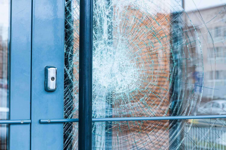 DC Emergency Glass Repair | (202) 759-3310 | Shower Doors