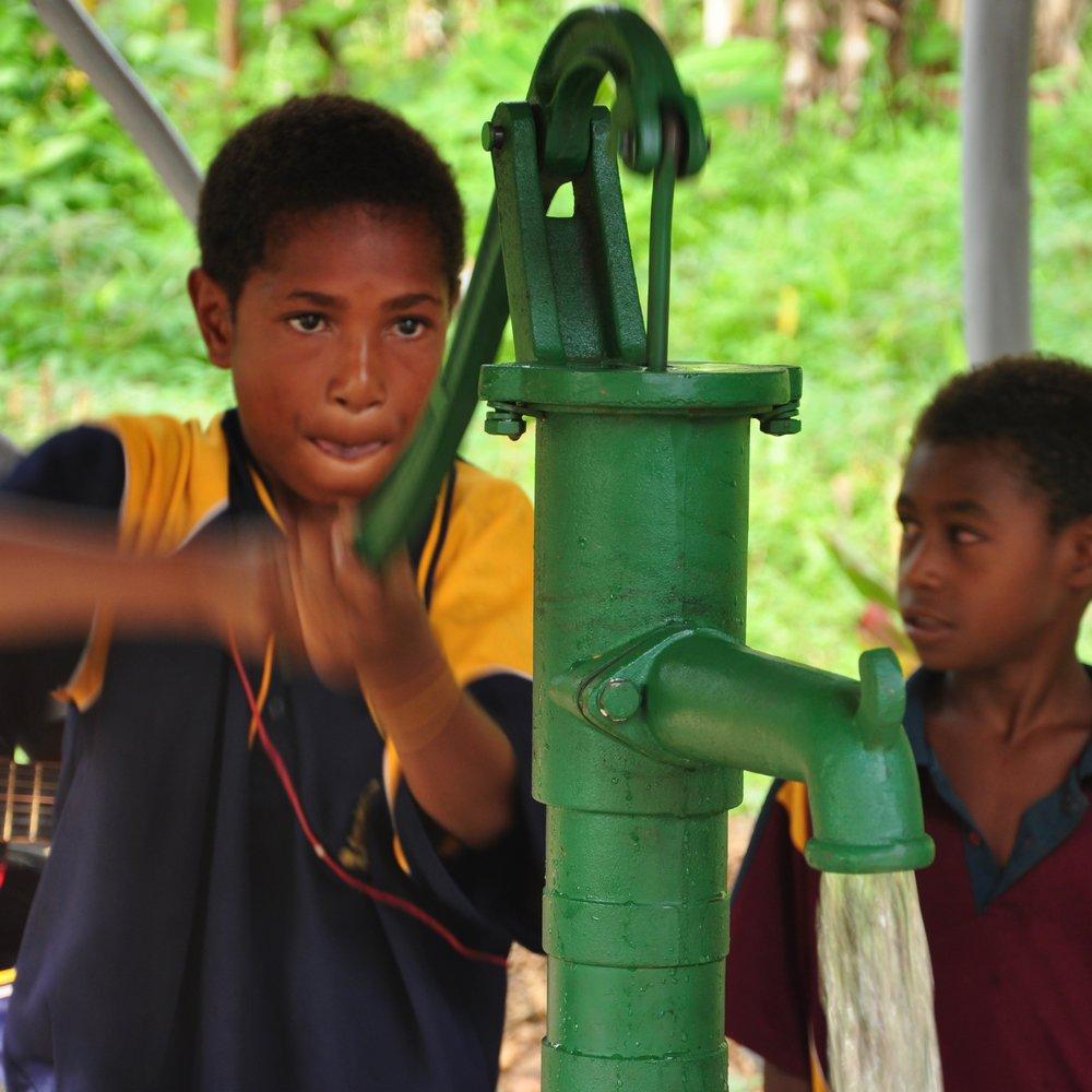 03 water - pump flowing 2.jpg