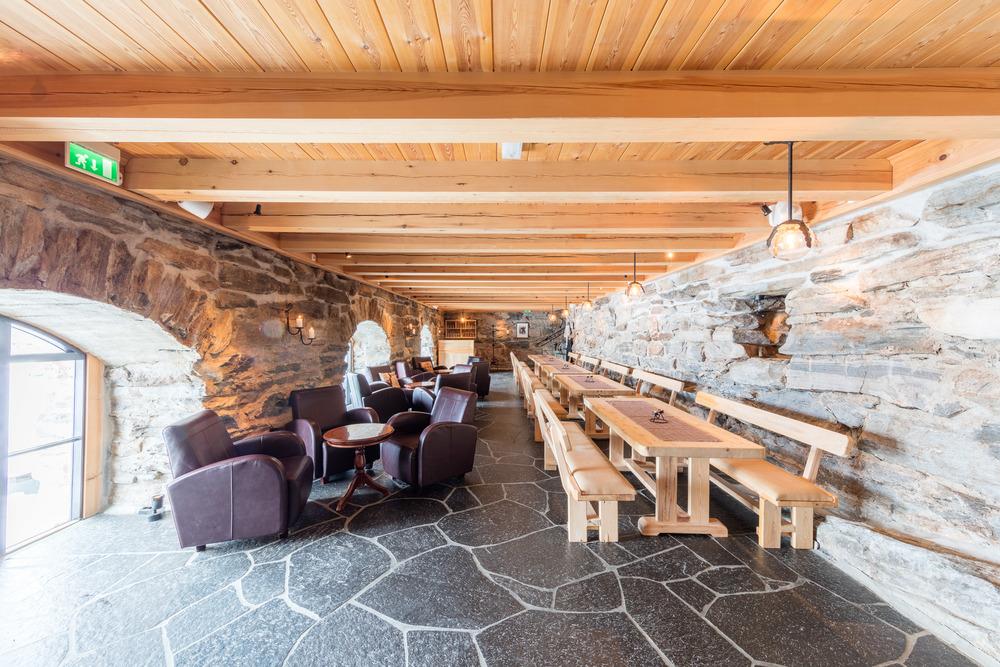 Aperitif eller gavebord i Fjøskjelleren.