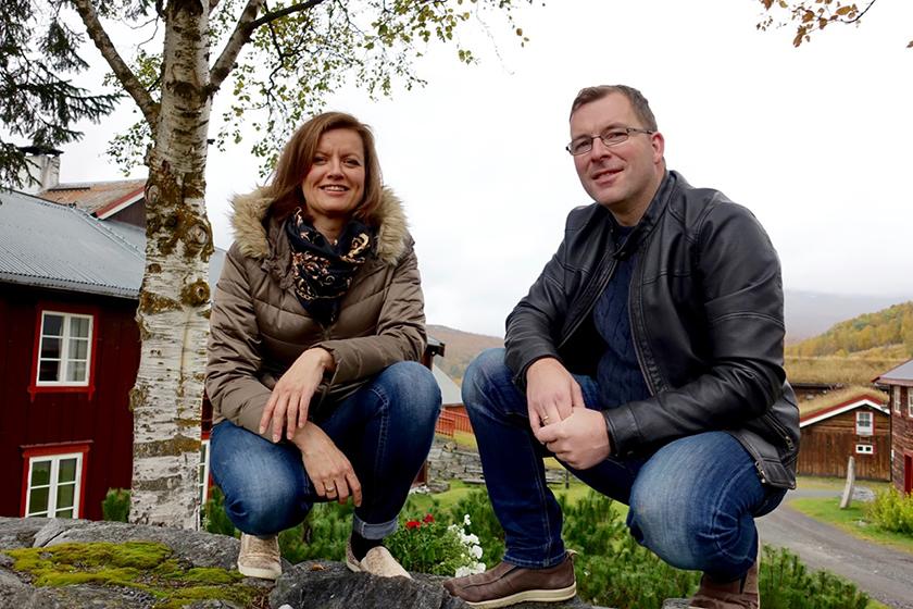 foto; Toralv Østvang             Vertsskapet ute på tunet.